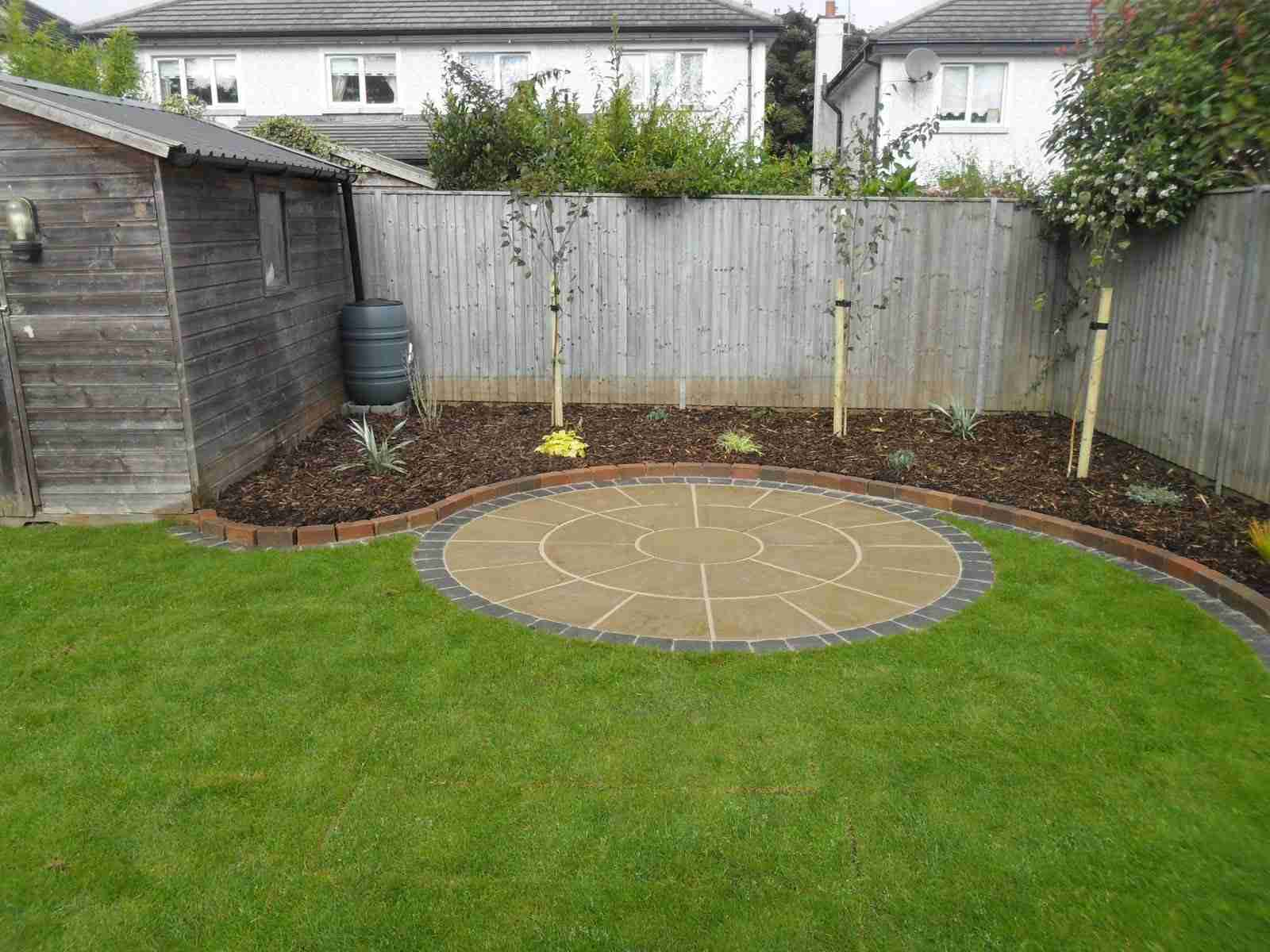 Circular Patio And Raised Beds