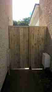 New side gate fitted