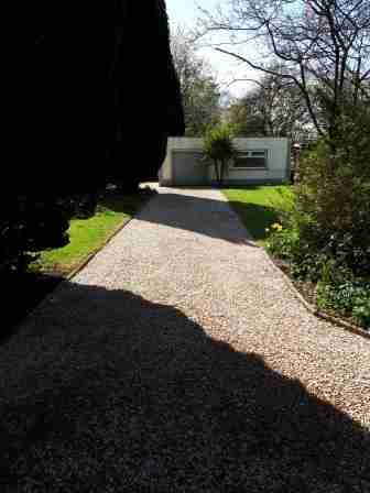 Image of gravel driveway entrance